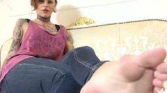 Tattoo Female Soles In Jeans