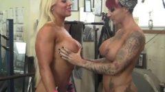 Slut Bodybuilder Dykes Tattoos And Boobs