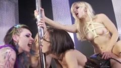 Fetish Bdsm Lesbos Orgy With Toys And Strapons